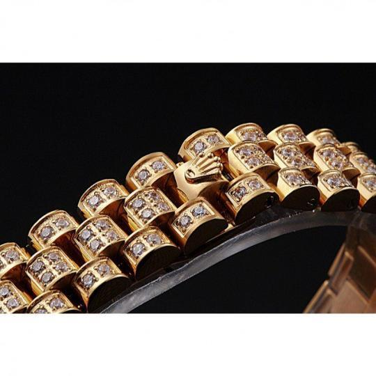 Diamond encrusted 18k yellow gold plated bezel
