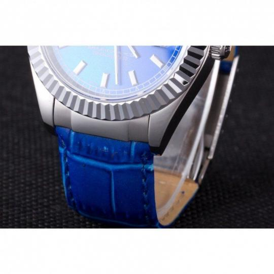 Polished stainless steel cutwork bezel